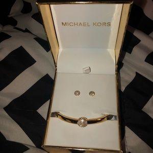 Michael Kors Earring & Bracelet Set